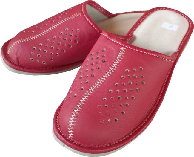 8ecfc141 kapcie skórzane czerwone pantofelek